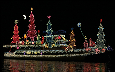 holiday lights cruise december 1 18 and december 24 31 experience newport harbor in full holiday dcor aboard a decorated vessel on a 75 minute holiday